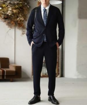芸能人がこだわりの逸品をあなたに…いいものデリで着用した衣装スーツ(2ピース)