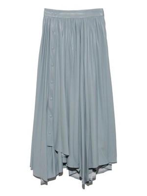 芸能人が雑誌 BAILAで着用した衣装スカート