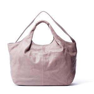 芸能人がほんとにあった怖い話で着用した衣装バッグ