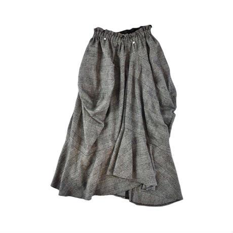 芸能人がおしゃれイズムで着用した衣装スカート、ブラウス