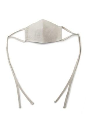 芸能人が雑誌 美人百花で着用した衣装マスク