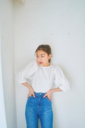 芸能人がじっくり聞いタロウ~スター近況(秘)報告~で着用した衣装シャツ / ブラウス