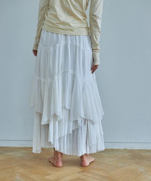 芸能人が1億人の大質問!?笑ってコラえて!で着用した衣装スカート