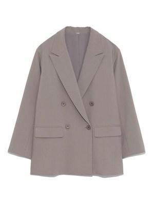 芸能人が雑誌 VERYで着用した衣装スーツジャケット