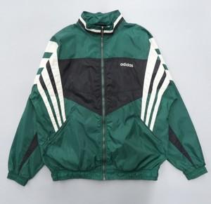 芸能人がコントが始まるで着用した衣装ジャケット