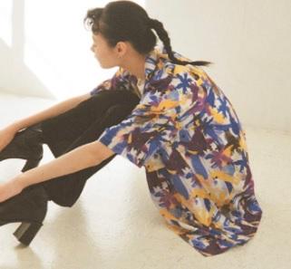 芸能人がCM フェットチーネグミで着用した衣装シャツ / ブラウス