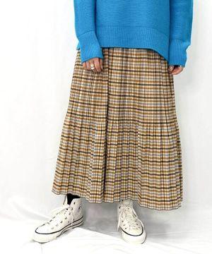 芸能人がモコミ~彼女ちょっとヘンだけど~で着用した衣装スカート
