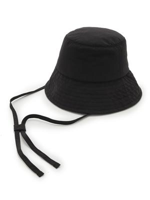 芸能人が雑誌 VERYで着用した衣装帽子
