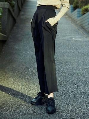芸能人が雑誌 Oggiで着用した衣装パンツ