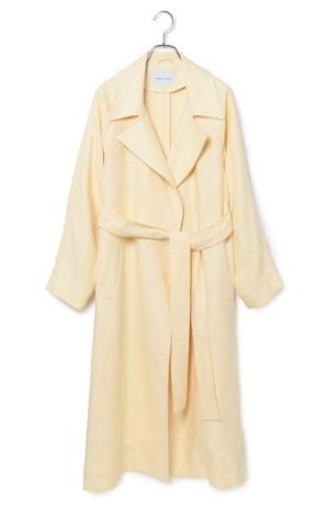 芸能人が恋はDeepにで着用した衣装コート