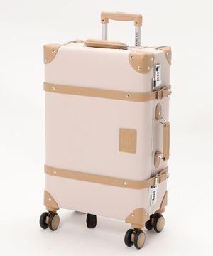 芸能人が着飾る恋には理由があってで着用した衣装スーツケース