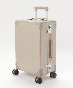芸能人が今ここにある危機とぼくの好感度についてで着用した衣装スーツケース/キャリーバッグ