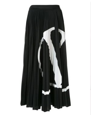 芸能人がリコカツで着用した衣装スカート