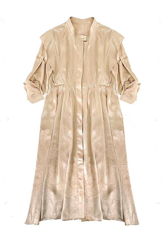 芸能人が王様のブランチで着用した衣装カットソー