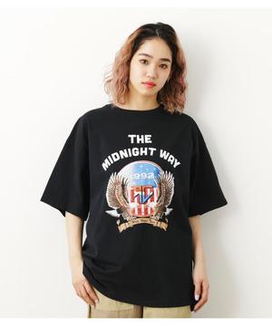 芸能人がコントが始まるで着用した衣装Tシャツ