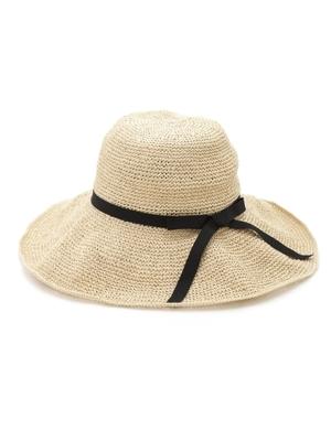 芸能人が着飾る恋には理由があってで着用した衣装帽子