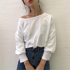 芸能人がゆびさきと恋々で着用した衣装Tシャツ/カットソー