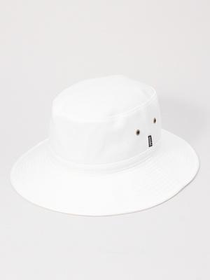 芸能人が嵐にしやがれで着用した衣装帽子
