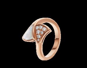 芸能人がプロミス・シンデレラ で着用した衣装指輪