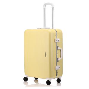 芸能人がプロミス・シンデレラ で着用した衣装スーツケース