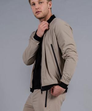 芸能人がボイスII 110緊急指令室で着用した衣装ジャケット