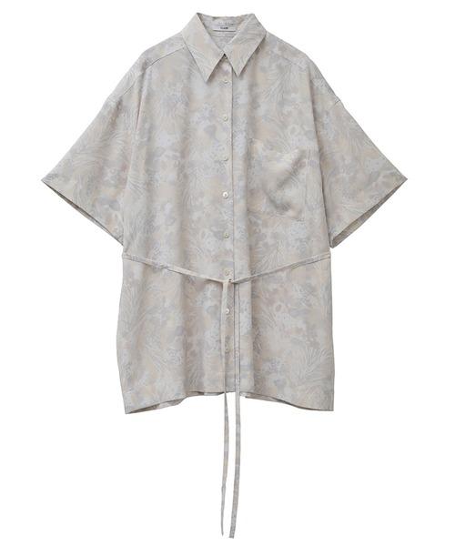 芸能人が1億人の大質問!?笑ってコラえて!で着用した衣装シャツ / ブラウス