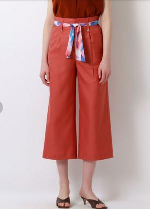 芸能人がTOKYO MER~走る緊急救命室~で着用した衣装パンツ