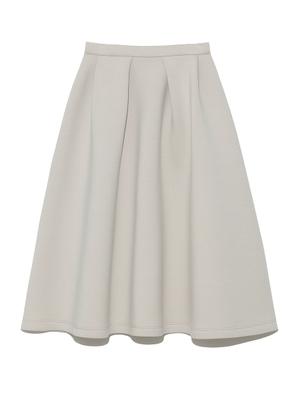 芸能人が雑誌 美人百花で着用した衣装スカート