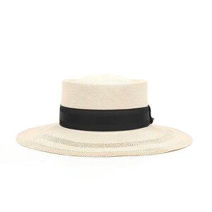 芸能人が漂着者で着用した衣装帽子