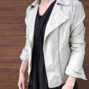 芸能人がビーズfriend 2021年秋号Vol.72で着用した衣装ライダースジャケット