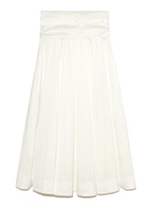 芸能人がプロミス・シンデレラ で着用した衣装スカート