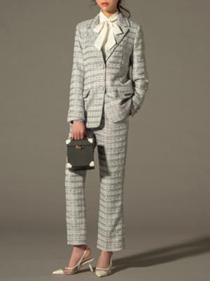 芸能人がABEMA Primeで着用した衣装スーツ