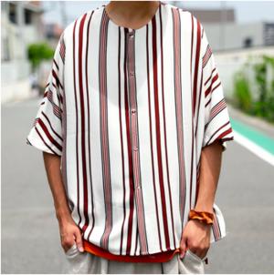 芸能人がプレミアリーグフリークスで着用した衣装シャツ/ブラウス