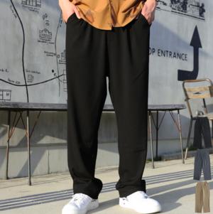 芸能人が准教授・高槻彰良の推察で着用した衣装パンツ