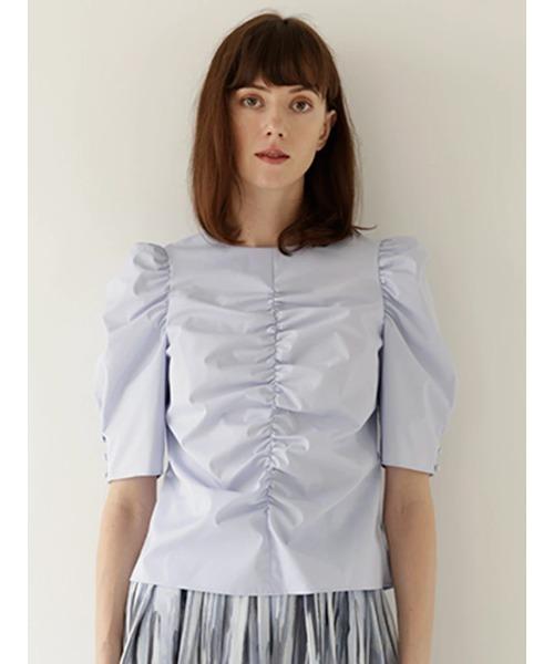 芸能人がシューイチで着用した衣装シャツ / ブラウス