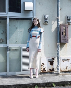 芸能人が土曜スタジオパークで着用した衣装ニット/ ニットワンピース