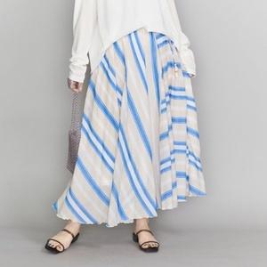 芸能人が推しの王子様で着用した衣装スカート
