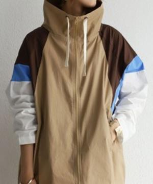 芸能人が草の響きで着用した衣装ジャケット/アウター