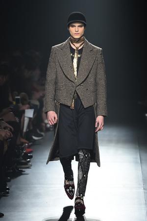 芸能人がSMAP×SMAPで着用した衣装コート