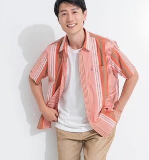 芸能人がSUPER RICHで着用した衣装シャツ