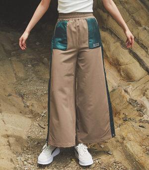 芸能人がアンラッキーガール!で着用した衣装パンツ
