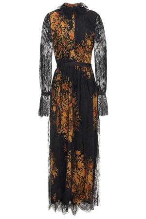 芸能人がジャパンプレミア 二ノ国で着用した衣装ワンピース