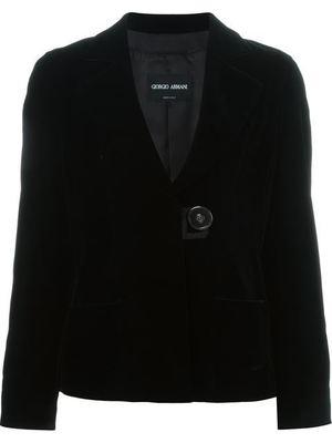 芸能人が大塚製薬 ポカリスェットで着用した衣装スーツ