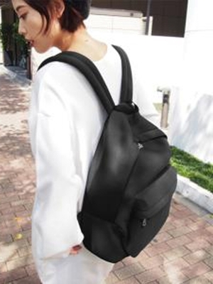 芸能人がZIP!で着用した衣装バッグ