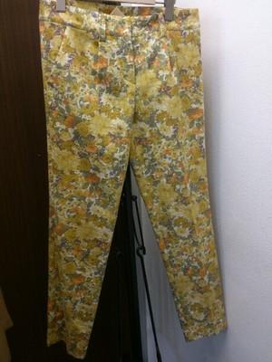 芸能人がCM クレアラシルで着用した衣装パンツ