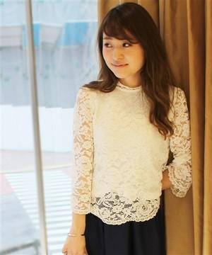 芸能人平愛梨がロンドンハーツで着用した衣装Tシャツ・カットソー/ワンピース
