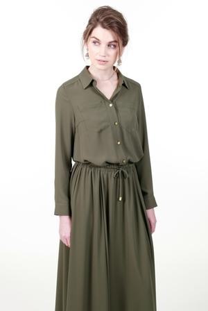 芸能人フラワーショップオーナーがオトナ女子で着用した衣装ワンピース