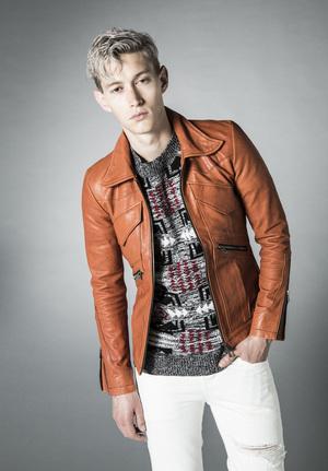 芸能人がMUSIC FAIRで着用した衣装ジャケット