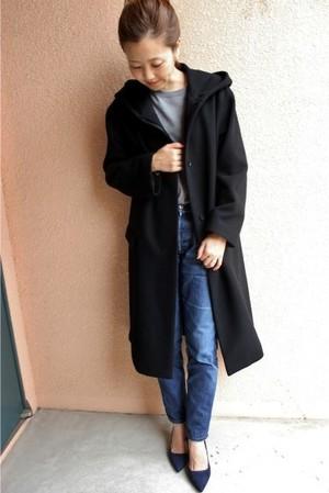 芸能人主役・40歳のキャリアウーマンがオトナ女子で着用した衣装アウター