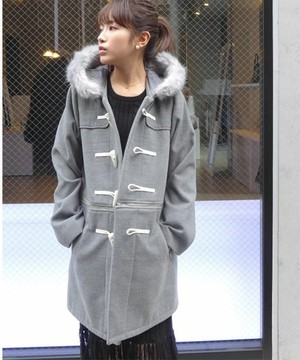 芸能人がブログで着用した衣装コート
